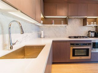 """Photo 10: 4101 13696 100 Avenue in Surrey: Whalley Condo for sale in """"Park Avenue West"""" (North Surrey)  : MLS®# R2289340"""