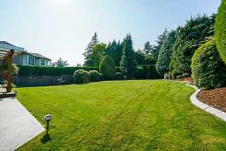 """Photo 15: 8034 150 Street in Surrey: Bear Creek Green Timbers House for sale in """"Mourningside Estates"""" : MLS®# R2293254"""