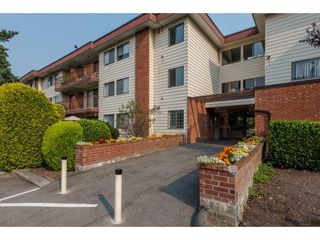 "Photo 2: 105 1909 SALTON Road in Abbotsford: Central Abbotsford Condo for sale in ""Forest Village"" : MLS®# R2295842"