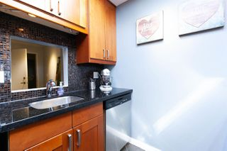 "Photo 5: 309 225 MOWAT Street in New Westminster: Uptown NW Condo for sale in ""THE WINDSOR"" : MLS®# R2304742"