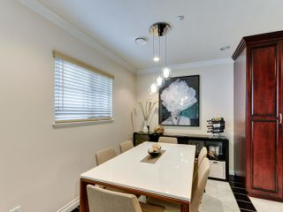 Photo 6: 1252 E 11TH Avenue in Vancouver: Mount Pleasant VE House 1/2 Duplex for sale (Vancouver East)  : MLS®# R2317312
