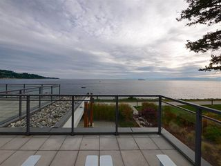 "Photo 19: 208 5665 TEREDO Street in Sechelt: Sechelt District Condo for sale in ""WATERMARK at Sechelt"" (Sunshine Coast)  : MLS®# R2345982"
