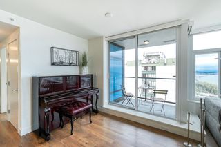 """Photo 9: 1502 188 AGNES Street in New Westminster: Downtown NW Condo for sale in """"ELLIOT STREET"""" : MLS®# R2354201"""