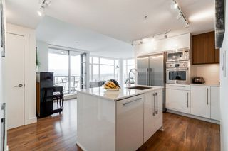 """Photo 8: 1502 188 AGNES Street in New Westminster: Downtown NW Condo for sale in """"ELLIOT STREET"""" : MLS®# R2354201"""