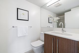 """Photo 15: 1502 188 AGNES Street in New Westminster: Downtown NW Condo for sale in """"ELLIOT STREET"""" : MLS®# R2354201"""