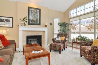 "Photo 3: 88 9025 216 Street in Langley: Walnut Grove Townhouse for sale in ""Coventry Woods"" : MLS®# R2356730"
