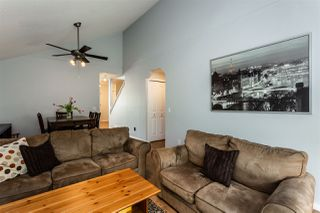 """Photo 3: 121 9045 WALNUT GROVE Drive in Langley: Walnut Grove Townhouse for sale in """"Bridlewoods"""" : MLS®# R2363597"""