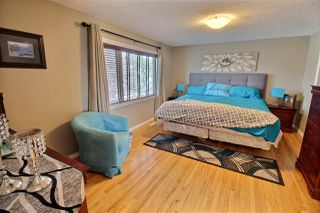 Photo 8: 1624 KERR Road in Edmonton: Zone 27 House for sale : MLS®# E4154339