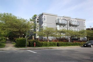 "Photo 2: 302 2212 OXFORD Street in Vancouver: Hastings Condo for sale in ""City View Place"" (Vancouver East)  : MLS®# R2370060"