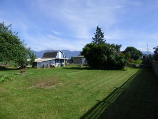 Photo 17: 48055 KITCHEN HALL Road in Chilliwack: Fairfield Island House for sale : MLS®# R2376304