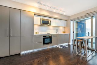 Photo 6: 2204 999 SEYMOUR Street in Vancouver: Downtown VW Condo for sale (Vancouver West)  : MLS®# R2377221