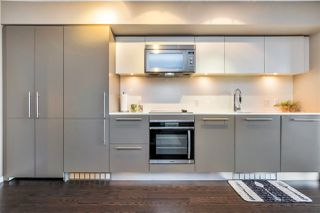 Photo 4: 2204 999 SEYMOUR Street in Vancouver: Downtown VW Condo for sale (Vancouver West)  : MLS®# R2377221