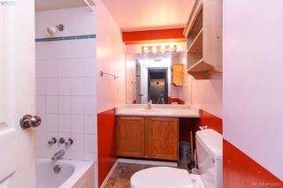 Photo 11: 209 Henry St in VICTORIA: VW Victoria West Half Duplex for sale (Victoria West)  : MLS®# 817235