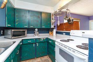 Photo 4: 209 Henry St in VICTORIA: VW Victoria West Half Duplex for sale (Victoria West)  : MLS®# 817235