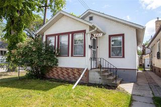 Photo 1: 661 Goulding Street in Winnipeg: Residential for sale (5C)  : MLS®# 1916446