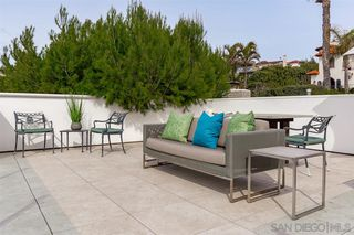 Photo 18: LA JOLLA House for sale : 3 bedrooms : 5681 Dolphin Place