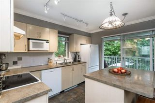 """Photo 8: 1 20771 DUNCAN Way in Langley: Langley City Townhouse for sale in """"Wyndham Lane"""" : MLS®# R2386095"""