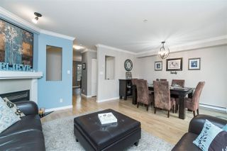 """Photo 5: 1 20771 DUNCAN Way in Langley: Langley City Townhouse for sale in """"Wyndham Lane"""" : MLS®# R2386095"""