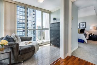 "Photo 6: 2506 1155 SEYMOUR Street in Vancouver: Downtown VW Condo for sale in ""Brava"" (Vancouver West)  : MLS®# R2387101"