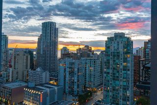 "Photo 16: 2506 1155 SEYMOUR Street in Vancouver: Downtown VW Condo for sale in ""Brava"" (Vancouver West)  : MLS®# R2387101"
