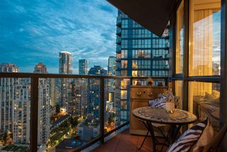 "Photo 4: 2506 1155 SEYMOUR Street in Vancouver: Downtown VW Condo for sale in ""Brava"" (Vancouver West)  : MLS®# R2387101"