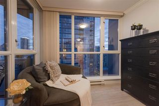 "Photo 5: 2506 1155 SEYMOUR Street in Vancouver: Downtown VW Condo for sale in ""Brava"" (Vancouver West)  : MLS®# R2387101"