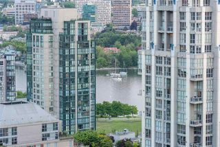 "Photo 17: 2506 1155 SEYMOUR Street in Vancouver: Downtown VW Condo for sale in ""Brava"" (Vancouver West)  : MLS®# R2387101"