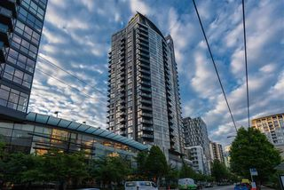 "Photo 15: 2506 1155 SEYMOUR Street in Vancouver: Downtown VW Condo for sale in ""Brava"" (Vancouver West)  : MLS®# R2387101"