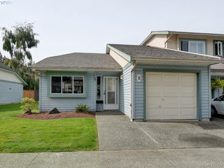 Photo 1: 11 515 Mount View Avenue in VICTORIA: Co Hatley Park Row/Townhouse for sale (Colwood)  : MLS®# 415754
