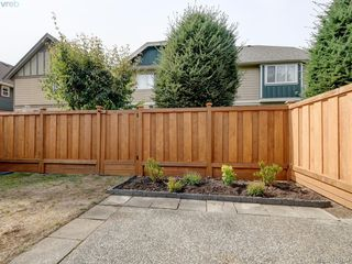 Photo 18: 11 515 Mount View Avenue in VICTORIA: Co Hatley Park Row/Townhouse for sale (Colwood)  : MLS®# 415754
