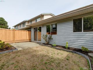 Photo 20: 11 515 Mount View Avenue in VICTORIA: Co Hatley Park Row/Townhouse for sale (Colwood)  : MLS®# 415754