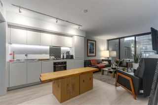 "Photo 2: 708 1133 HORNBY Street in Vancouver: Downtown VW Condo for sale in ""ADDITION"" (Vancouver West)  : MLS®# R2422132"