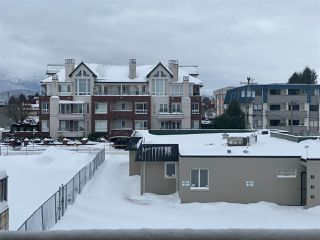 "Photo 13: 204 45744 SPADINA Avenue in Chilliwack: Chilliwack W Young-Well Condo for sale in ""APPLEWOOD"" : MLS®# R2431203"