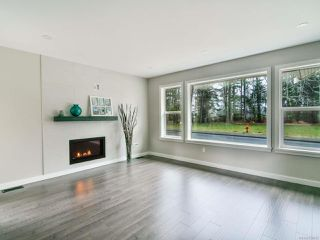 Photo 4: 449 Parkway Rd in CAMPBELL RIVER: CR Willow Point House for sale (Campbell River)  : MLS®# 838632