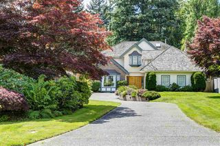 Main Photo: 2839 CRESCENTVIEW Drive in North Vancouver: Edgemont House for sale : MLS®# R2471328