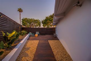 Photo 22: PACIFIC BEACH House for sale : 3 bedrooms : 4954 Pacifica in San Diego