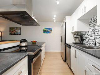 Photo 3: 203 1235 Johnson St in Victoria: Vi Downtown Condo for sale : MLS®# 839866