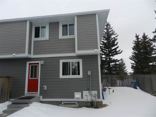 Photo 14: 1106 LAKEWOOD Road N in Edmonton: Zone 29 Townhouse for sale : MLS®# E4210534