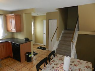 Photo 4: 1106 LAKEWOOD Road N in Edmonton: Zone 29 Townhouse for sale : MLS®# E4210534