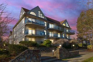 Main Photo: 307 2211 Shelbourne St in : Vi Jubilee Condo for sale (Victoria)  : MLS®# 857720