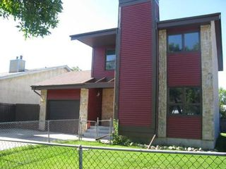 Photo 2: 62 THURLBY RD in Winnipeg: Residential for sale (Sun Valley)  : MLS®# 1017900