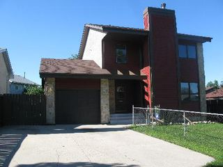 Photo 1: 62 THURLBY RD in Winnipeg: Residential for sale (Sun Valley)  : MLS®# 1017900