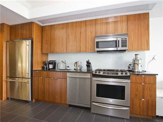 Photo 3: # 304 33 W PENDER ST in Vancouver: Downtown VW Condo for sale (Vancouver West)  : MLS®# V1016974