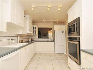 Photo 12: 503 940 Boulderwood Rise in VICTORIA: SE Broadmead Condo Apartment for sale (Saanich East)  : MLS®# 689065