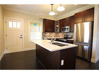 Photo 3: 6 801 RODERICK Street in Coquitlam: Maillardville Townhouse for sale : MLS®# V1104411