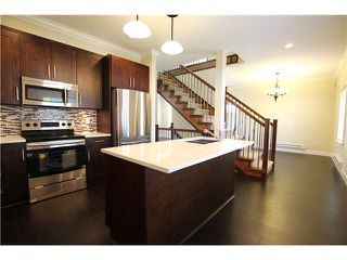 Photo 4: 6 801 RODERICK Street in Coquitlam: Maillardville Townhouse for sale : MLS®# V1104411