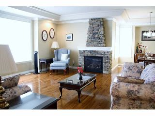 "Photo 3: 35881 MARSHALL Road in Abbotsford: Abbotsford East House for sale in ""Whatcom - Mountain Meadows"" : MLS®# F1446260"