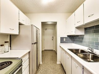 Photo 6: 107 1071 Woodbine Avenue in Toronto: Woodbine-Lumsden Condo for sale (Toronto E03)  : MLS®# E3379009