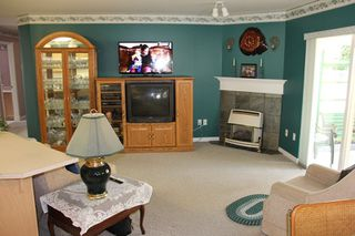 """Photo 6: 21825 45A Avenue in Langley: Murrayville House for sale in """"Murrayville"""" : MLS®# R2038789"""