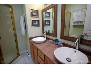 Photo 14: 42 901 Kentwood Lane in VICTORIA: SE Broadmead Townhouse for sale (Saanich East)  : MLS®# 363021